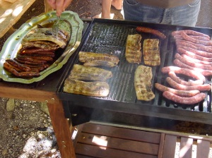 There is always a grill like this at every Bocante...always. So if you like greasy sausage, you're in luck!